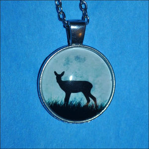 Jewelry - Deer Silhouette Dome Necklace